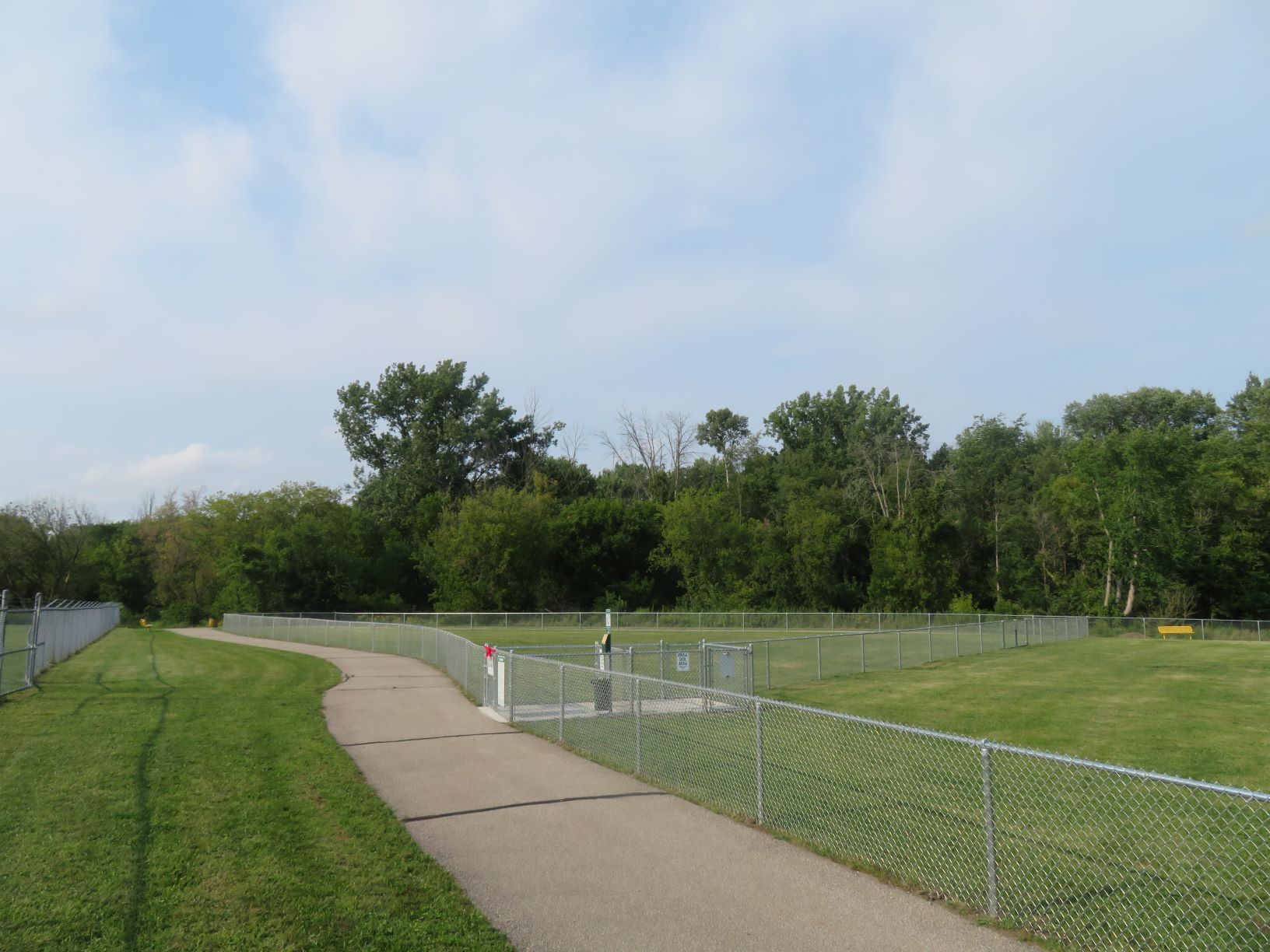 PinconningDogPark OpeningDay August2020 parkview